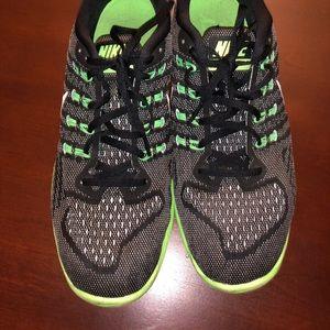 Nike Mens LunarTempo 2- Size 11